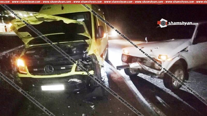 Տավուշի մարզում բախվել են Նոյեմբերյանի բժշկական կենտրոնի շտապօգնության ավտոմեքենան ու 58-ամյա վարորդի Niva-ն. կան վիրավորներ
