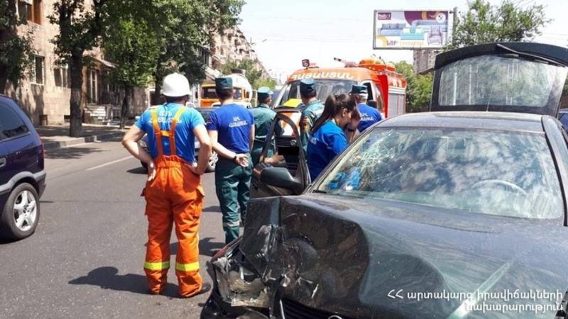 Ավտովթար Սեբաստիայի փողոցում. կա տուժած