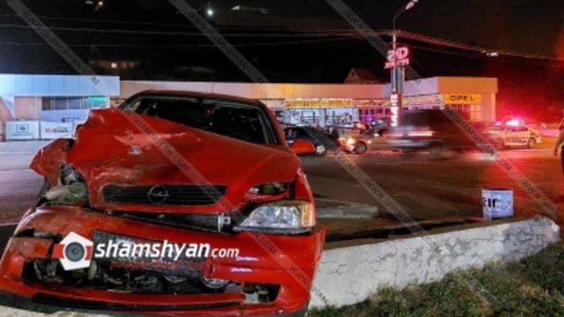 Թբիլիսյան խճուղում բախվել են 2 Mercedes ու Opel. երկու վիրավորներից մեկը երեխա է