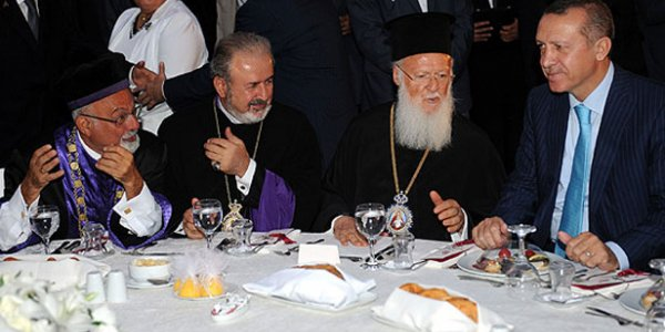 Ճնշումներ չկան. Թուրքիայի կրոնական փոքրամասնությունների ներկայացուցիչները հերքում են․ նրանց մեջ է նաև Աթեշյանը