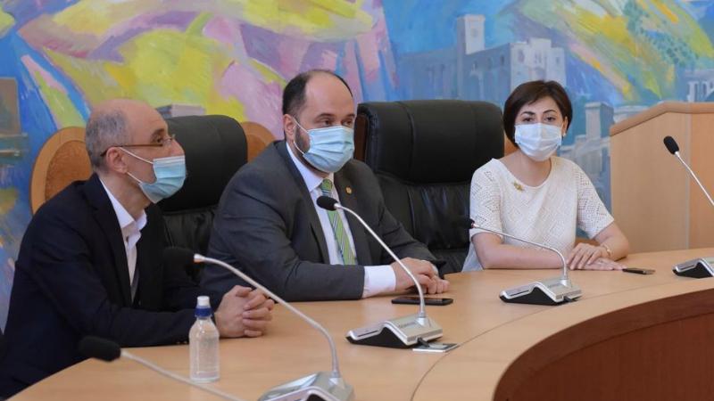 Հայաստանի ազգային գրադարանը նոր տնօրեն ունի. Արայիկ Հարությունյան