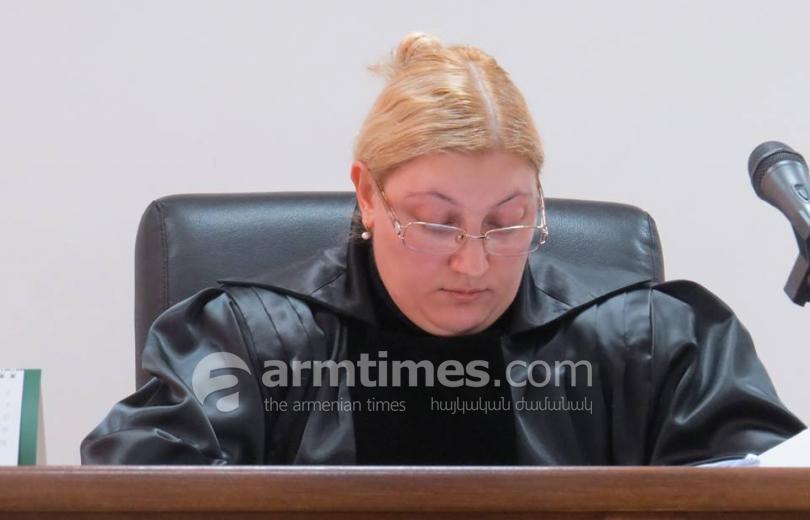 «Մարտի 1-ի» գործով դատավորը՝ երկու քարի արանքում. «Ժողովուրդ»