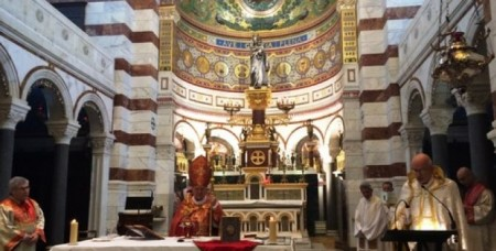 Մարսելի Պահապան Աստվածամոր տաճարում մատուցվել է Ցեղասպանության տարելիցին նվիրված պատարագ