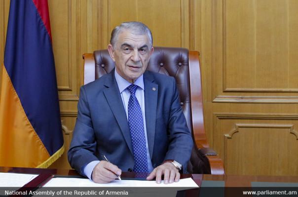 Հայաստանի փոքրի՛կ քաղաքացիներ, մաղթում եմ ձեզ առողջություն, խաղաղություն, երջանիկ մանկություն. Արա Բաբլոյանի ուղերձը