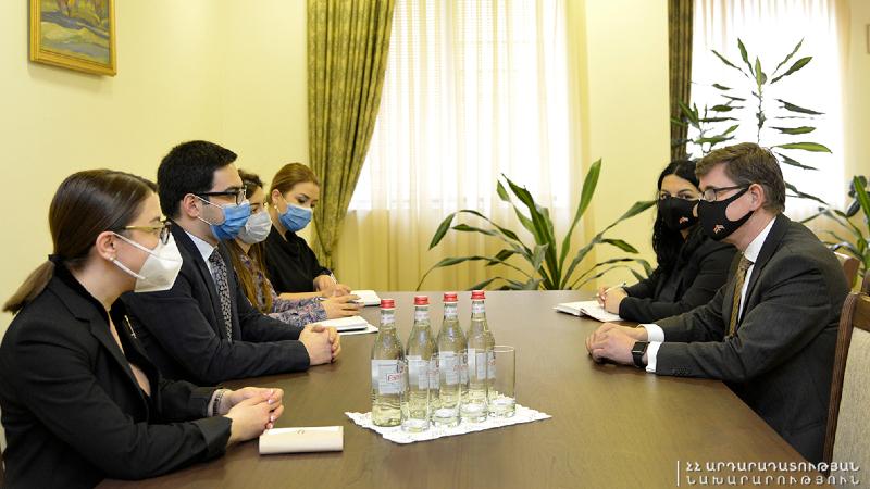 Ռուստամ Բադասյանն ընդունել է Նիդերլանդների դեսպանին․ կողմերն արդյունավետ փոխգործակցության պայմանավորվածություն են ձեռք բերել