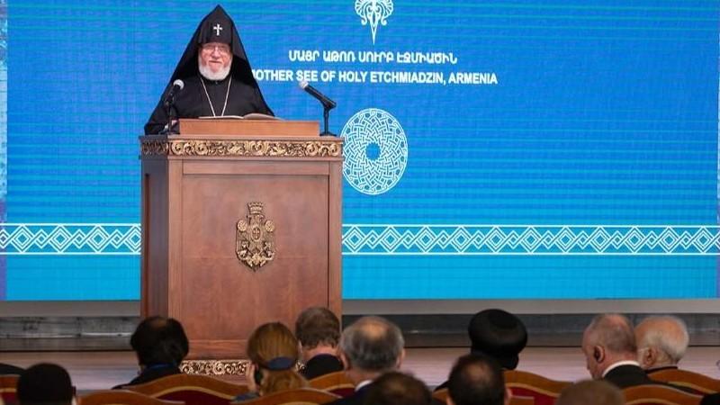 Մայր Աթոռում ավարտվեց «Միջազգային կրոնական ազատություն և խաղաղություն» համաժողովը