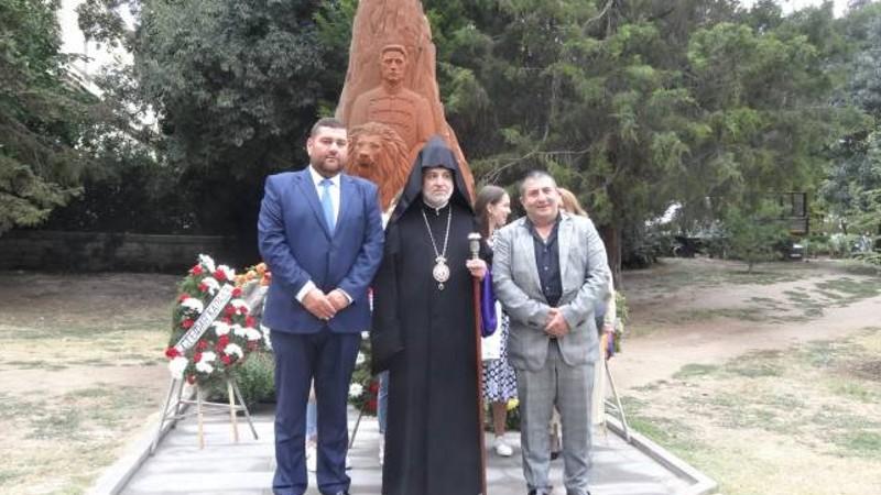 Տաթև եպիսկոպոս Հակոբյանը մասնակցել է Բուլղարիայի ազգային հերոս Վասիլ Լևսկիի`  Հայաստանում պատրաստված արձանի բացմանը
