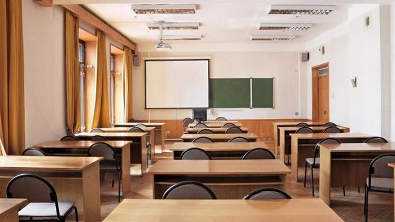 Երևանի դպրոցներից մեկի տնօրենն ազատվել է պաշտոնից