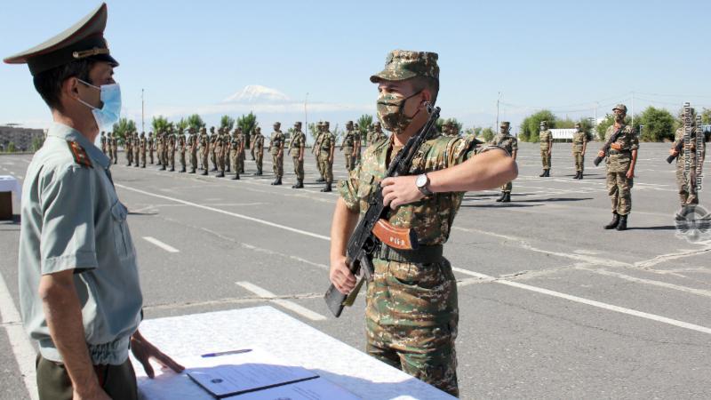Վազգեն Սարգսյանի անվան ռազմական համալսարանում տեղի է ունեցել կուրսանտների երդման հանդիսավոր արարողությունը (լուսանկարներ)