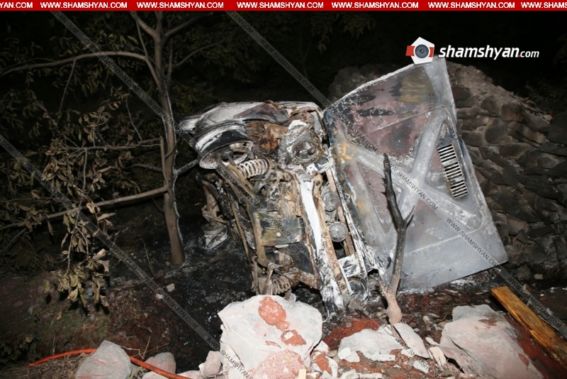 Մեքենայում հայտնաբերվել է ուղևորի այրված դին. վթար Գառնու տաճարի մոտ