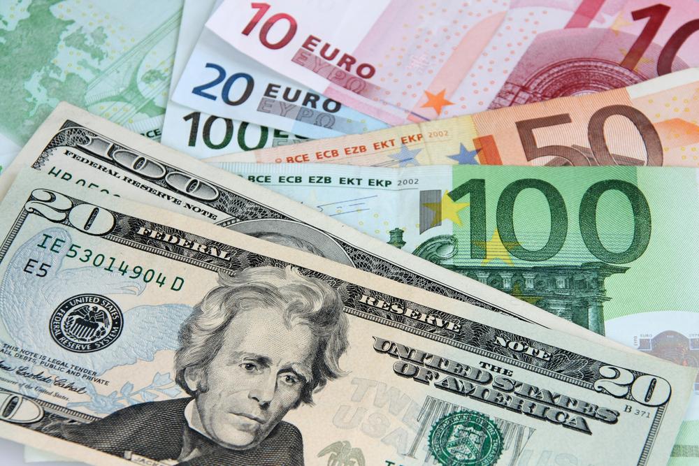 Դոլարն էժանացել է, եվրոն` թանկացել