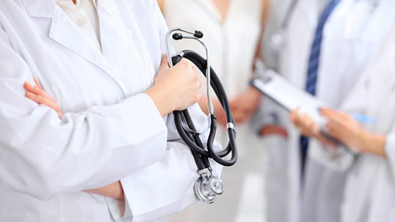 Խիստ կանոնների արդյունքը. ինչ դժվարությունների են հանդիպում մասնավոր բժշկական բուհերի շրջանավարտները. «Ժողովուրդ»