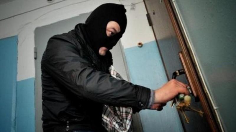 Ավազակային հարձակումն իրականացվել է Գյումրիի 2 բնակիչների կողմից, որոնց օժանդակել են տարեց կնոջ հարևանուհիները. ՔԿ-ն մանրամասներ է հայտնում