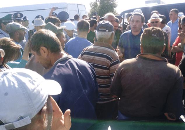 Գեղարքունիքի մարզի Ներքին Գետաշեն գյուղի բնակիչները փակել են Մարտունի-Երևան ճանապարհը