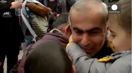 Սիրիացի փախստականը 2 տարի անց միավորվել է ընտանիքի հետ