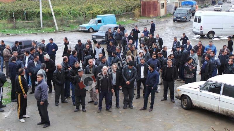 Արտակարգ իրավիճակ Արմավիրի մարզում. 10-ից ավելի գյուղերի բնակիչներ պատրաստվում են «գրոհել» ՀՀ կառավարության շենքը