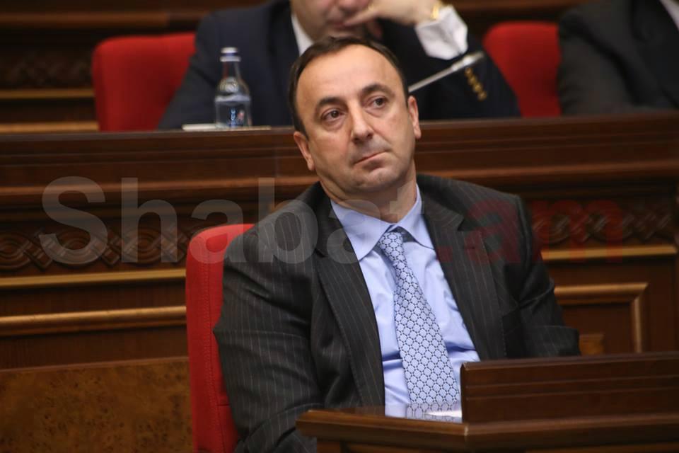 Մերժված ՍԴ նախագահը. Փաշինյանը մեկնել է Սյունիք եւ արհամարհել Թովմասյանին. armtimes.com