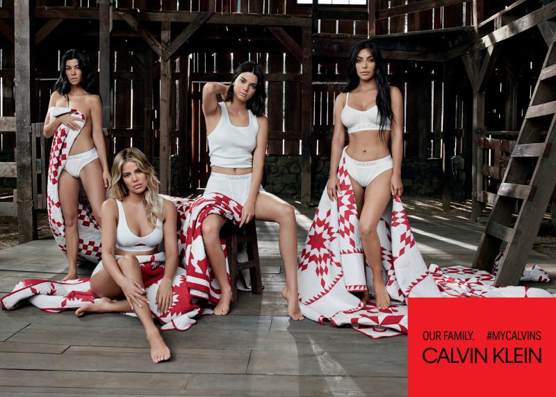 Քարդաշյան-Ջեներ քույրերն ամբողջական կազմով նկարահանվել են Calvin Klein-ի ներքնազգեստի գովազդի համար (լուսանկարներ)