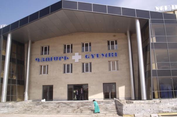 Բժիշկները կռվել են հիվանդ «գողանալու» պատճառով. մանրամասներ՝ «Գյումրիի» ԲԿ-ում ծեծկռտուքի դեպքից. «Իրավունք»