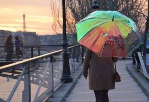 Ֆրանսիացիները smart անձրևանոց են ստեղծել, որը կես ժամ առաջ հուշում է` անձրևելու է, թե ոչ (տեսանյութ)