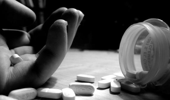 Երևանում ամուսնու կողմից սպանության սպառնալիքներից հետո կինը մեծ քանակի դեղահաբեր է խմել
