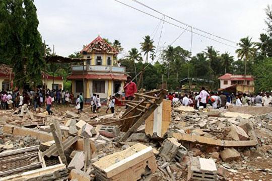 Հնդկաստանի տաճարում, որտեղ տեղի է ունեցել հրդեհ, տոնը կատարել են առանց թույլտվության