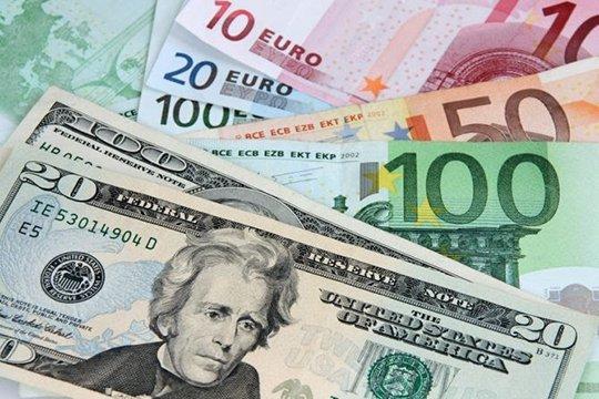 Դոլարը և եվրոն կրկին թանկացել են
