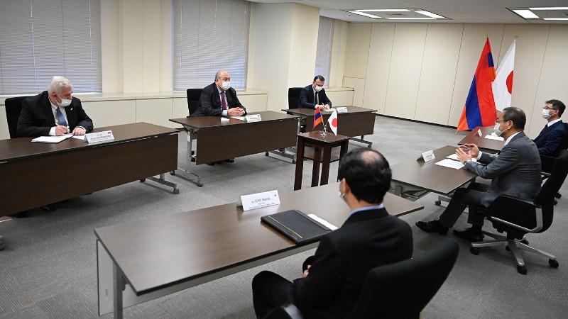 Արմեն Սարգսյանը հանդիպել է Ճապոնիայի Միջուկային կարգավորման գործակալության նախագահի հետ (տեսանյութ)