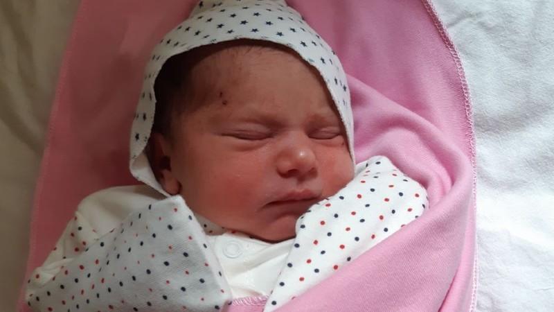 Երևանում արցախցի երեխա է ծնվել