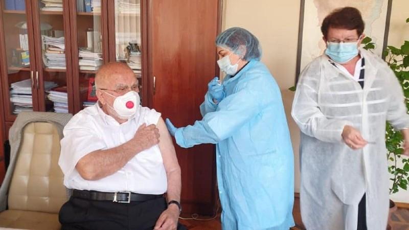 Արցախում մեկնարկել է կորոնավիրուսային հիվանդության դեմ պատվաստման կանխարգելիչ գործընթացը