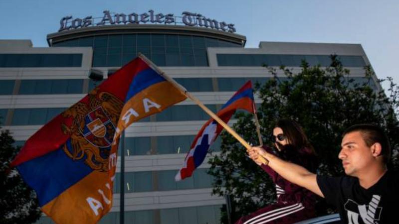 Ադրբեջանի ագրեսիայի արդարացի լուսաբանում. ցուցարարներն այս անգամ «Los Angeles Times»-ի դիմաց են