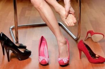 Բարձրակրուկ կոշիկների վնասները