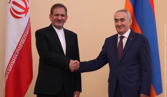 Գալուստ Սահակյանն ընդունել է Իրանի առաջին փոխնախագահի գլխավորած պատվիրակությանը