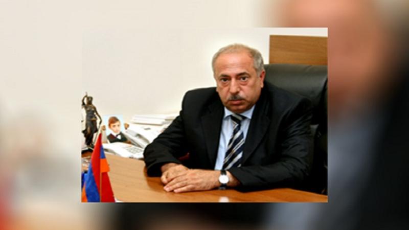 Նախագահը ստորագրել է Տիգրան Սահակյանին վերաքննիչ քրեական դատարանի նախագահ նշանակելու մասին հրամանագիրը