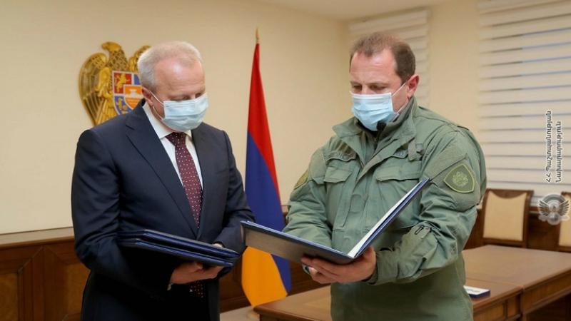 Դավիթ Տոնոյանը հանդիպել է ՀՀ-ում ՌԴ դեսպան Սերգեյ Կոպիրկինի հետ