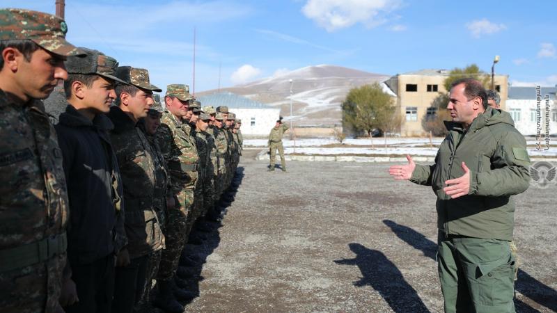 Դավիթ Տոնոյանն այցելել է 2-րդ բանակային զորամիավորում (լուսանկարներ)