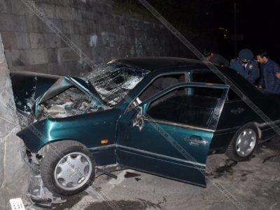 «Փակ համարներով մեքենայի վարորդի կողմից վթարի ենթարկված 1 տարեկան երեխան մահացել է, ծնողները ծանր վիճակում են»