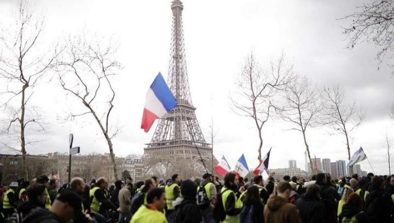 Փարիզի կենտրոնում ցուցարարների ու ոստիկանության միջև բախումներ են