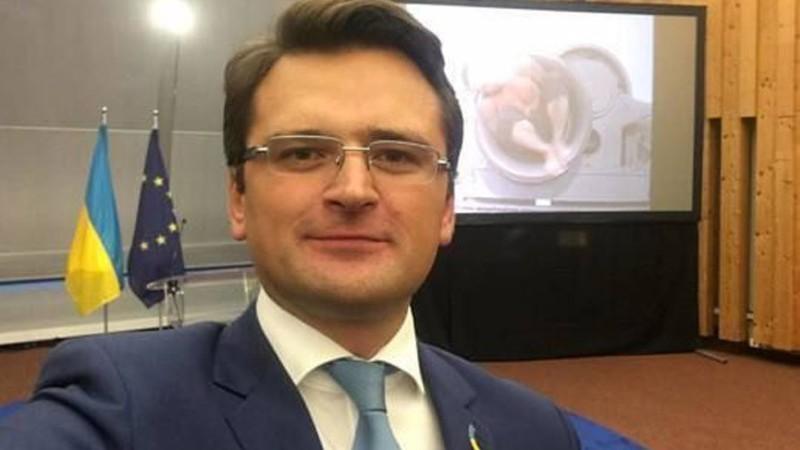 «Կառավարե՛ք ձեր հույզերը».Ուկրաինայի ԱԳ նախարարը երկրի պաշտոնյաներին կոչ է արել ԼՂ հարցով «հավասարակշռված» մեկնաբանություններ անել