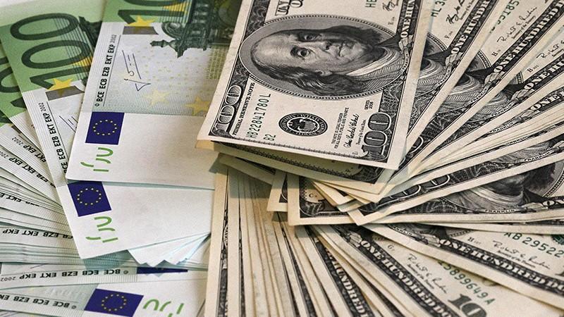 Դոլարի, եվրոյի, ռուբլու փոխարժեքը նվազել է․ ԿԲ