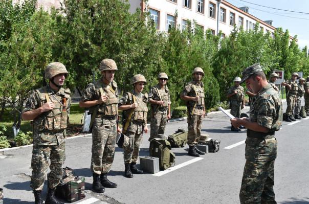 ՊՆ 5-րդ զորամիավորման կապի ստորաբաժանումներում անցկացվում են ուսումնական վարժանքներ (լուսանկարներ)