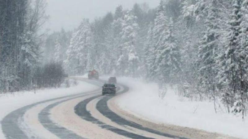 Ապարանի, Ճամբարակի, Սևանի տարածաշրջանների ճանապարհներին և Դիլիջանի ոլորաններում ձյուն է տեղում
