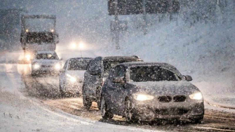 Կոտայքի մարզի Հրազդան քաղաքում ձյուն է տեղում