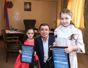 Միհրան Պողոսյանն ընդունել է փառատոնից պատվոգրերով վերադարձած հարկադիր կատարողների երեխաներին