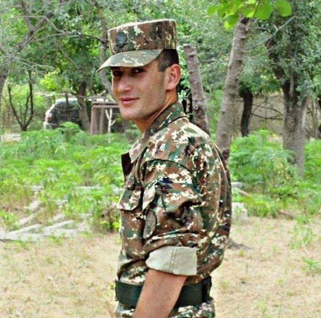 4 օրից զորացրվող զինվորի անակնկալն իր մայրիկին (լուսանկար)