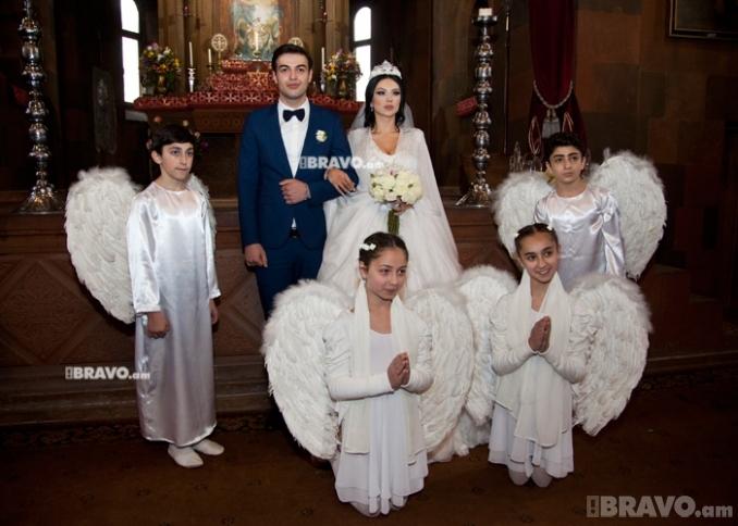 Մովսես Երեմյանի եւ Աննայի հարսանեկան լուսանկարները.Bravo.am