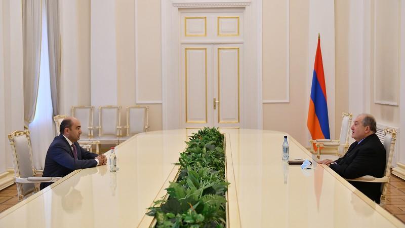 Արմեն Սարգսյանն ու Էդմոն Մարուքյանը հանդիպել են (տեսանյութ)