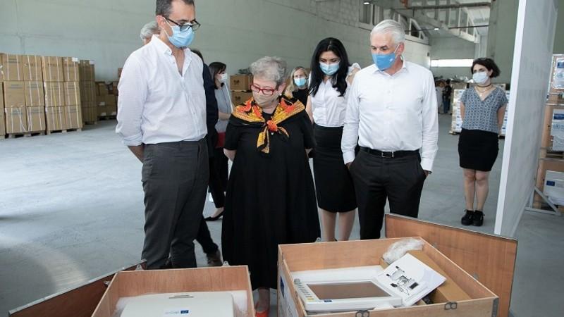 ԵՄ-ն և ԱՀԿ-ն առողջապահության նախարարությանն են փոխանցել թոքերի արհեստական շնչառության 22 սարք