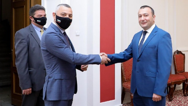 ԱԺ փոխնախագահն ընդունեց Հայաստանում Բուլղարիայի դեսպանին