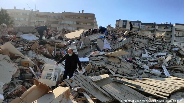 Թուրքիայում  առնվազն 21 հետցնցում է գրանցվել երկրաշարժից հետո. զոհերի թիվը հասել է 12-ի, տուժածներինը՝ 419-ի